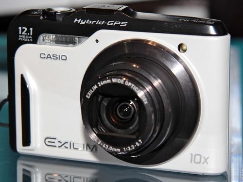 Компактный фотоаппарат с GPS Casio EXILIM ZOOM EX-H10