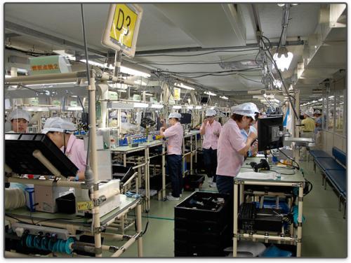 Фоторепортаж с фабрики Nikon в Sendai (Япония)
